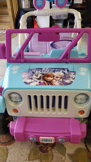 Children's power wheels Jeep Wrangler - Frozen edition for Sale in Wilmington, NC