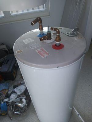 G.E..water heater for Sale in Miami, FL