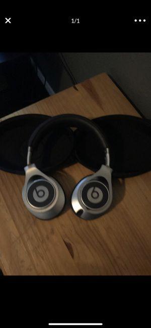 Beats studio executive for Sale in Modesto, CA