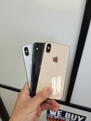 IPHONE XS 64GB UNLOCKED FOR ALL CARRIERS for Sale in Garland, TX