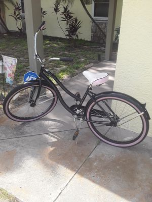 """Ladies..26"""" Huffy..Perfectfit Frame..Cranbrook.. for Sale in Seminole, FL"""