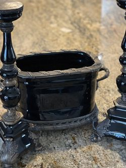 Pottery World 2 Candle Stick And Urn for Sale in Auburn,  CA