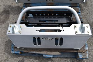 GenRight OffRoad Front Aluminum Bumper Semi New For Jeep JK for Sale in Montclair, CA