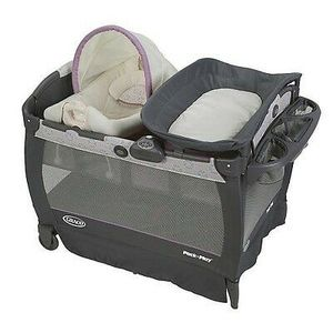 pack n play cuddle cove with diaper changing table for Sale in Wylie, TX