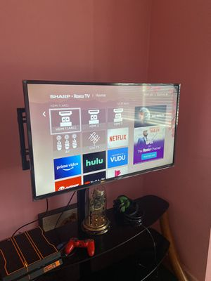 43inch Roku sharp smart tv for Sale in Baltimore, MD