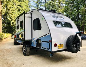 Really Nice R Pod 2017 Travel Trailer for Sale in Vancouver, WA