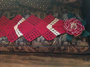Centro de mesa tejido !!! for Sale in Fresno, CA