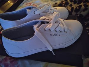 Women's Hilfiger Shoes size 7.5.New for Sale in Chesapeake, VA
