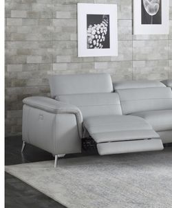 👽NEW-Homelegance Power LEATHER loveseat 8256GY-Gray for Sale in Columbus,  OH