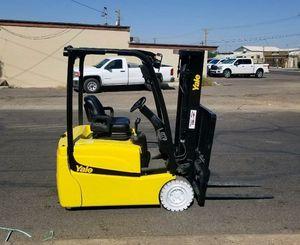 Yale Electric 3500lb Forklift for Sale in Phoenix, AZ