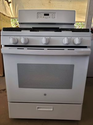 GE gas stove for Sale in San Marcos, CA