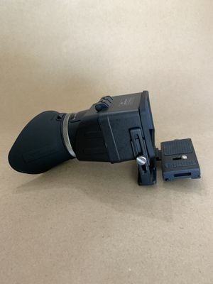 SWIVI viewfinder for DSLR camera's for Sale in Whittier, CA