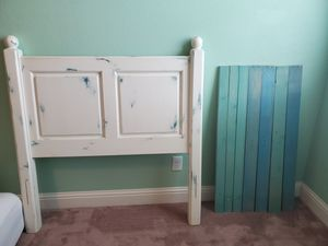 Twin bed frame for Sale in Visalia, CA