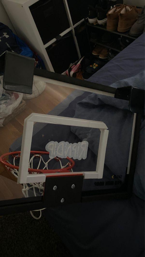 Basketball mini hoop with ball