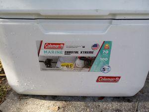 Coleman Cooler 70 quarts for Sale in Tampa, FL
