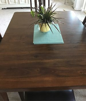 Like New, Solid Wood Dining Table for Sale in Wenatchee, WA