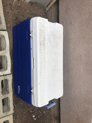 "Igloo 28"" Cooler for Sale in Tujunga, CA"