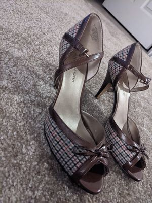 AK Anne Klein size 6.5 women's heels for Sale in Everett, WA