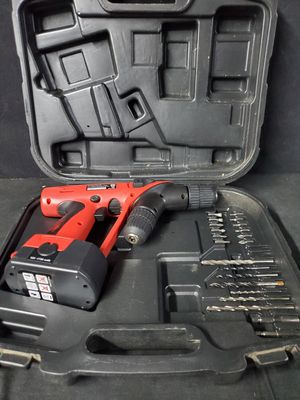 Carpenters Tools Like New Dual Drill Hard Case and Accessories for Sale in Cincinnati, OH