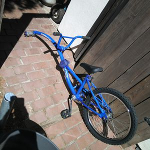 Pathfinder InStep Kids Tandem Bicycle Attachment for Sale in Elk Grove, CA