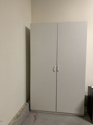 White Garage Storage Cabinet for Sale in Long Beach, CA
