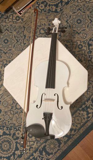 White Violin (Brand New) for Sale in Lanham, MD