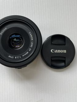 Canon EF 40mm F/2.8 STM for Sale in Happy Valley,  OR