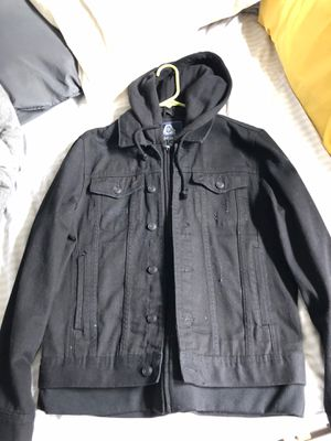 Black Winter jacket with hoodie, size L for Sale in Snohomish, WA