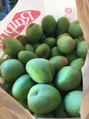 Mini green Michoacáno mangos for Sale in Garden Grove, CA