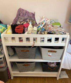 Delta Baby Changing table. for Sale in Passaic, NJ