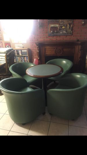 Four Retro, Top Grain Leather Lounge Chairs with Table made by Loewenstein for Sale in Imperial, MO