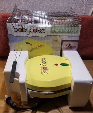 Babycakes Nonstick Coated Donut Maker for Sale in Oregon, OH
