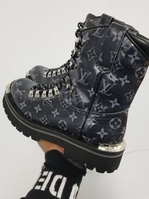 Lv boots for Sale in New York, NY