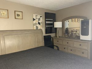CA KING Room set $1000 for Sale in Reno, NV