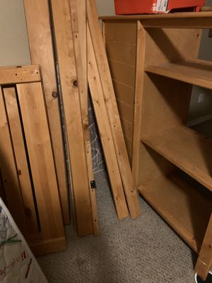PENDING PICKUP - FREE ITEM - Bunk Bed with Drawers and Desk attached for Sale in Arlington, TX
