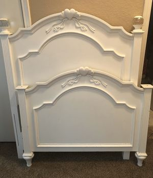 Twin White Princess Bed w/Side Rails for Sale in Burleson, TX