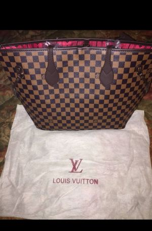 Louis Vuitton Damier Shoulder Bag. for Sale in Beverly Hills, CA