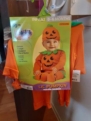 Costumer for Sale in Addison, IL
