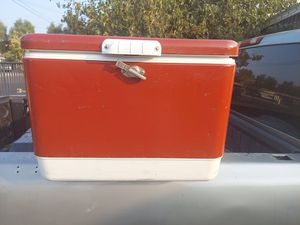 "Vintage Coleman Ice Chest ""RED"" for Sale in Los Angeles, CA"