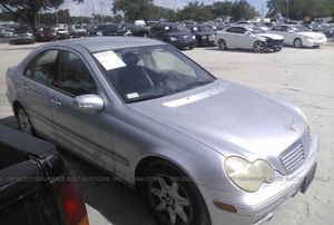 Mercedes C240,2003. For parts only for Sale in Clearwater, FL