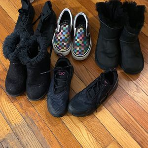 Girls shoes for Sale in Monroeville, PA