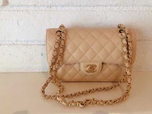 Chanel flap bag for Sale in North Miami Beach, FL