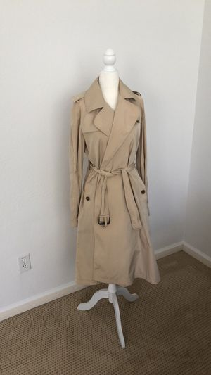 Burberry packable trench for Sale in San Diego, CA