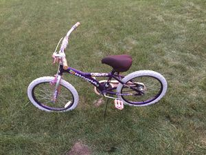 Small bikes Size is 20 and big size 24 White for Sale in Warren, MI