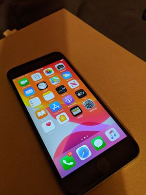iPhone 6s barely used a few times 128GB Unlocked & Unlocked Network for Sale in Lancaster, CA
