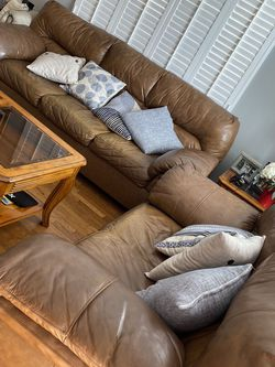 Couch Set, Coffee Table And Side Table (WHOLE SET) for Sale in Lawndale,  CA