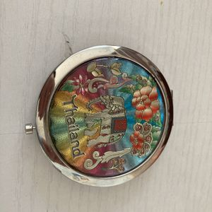 Two sides locket mirror for Sale in San Diego, CA