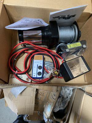 2k winch with wireless remote for Sale in Phoenix, AZ