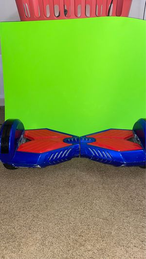 Bluetooth hoverboard 8 inch for Sale in Clinton, MD