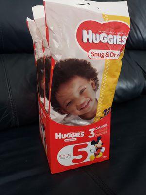 Huggies Snug & Dry Diapers Size 5 & 3, 5-3 pack for Sale in Darlington, SC